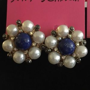 Betsey Johnson Ship Shape Pearl Button Earrings